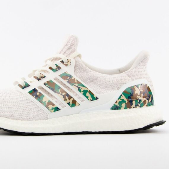 Boosted Stripes Ultra Boost Camouflage Sneakerlaces Dk